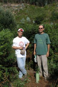Junto a um carvalho plantado pelos alunos de S. Pedro do Sul